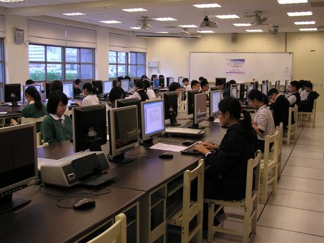 电脑教室应用实例
